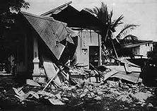 Die Beschießung von Dar-es-Salam durch die Engländer im November 1914 war ein neuer brutaler Völkerrechtsbruch der Engländer. Denn Dar-es-Salam, die Hauptstadt Deutsch-Ostafrikas, war ein offener, unverteidigter Platz.