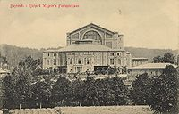 200px-Wagners_Festspielhaus_Bayreuth